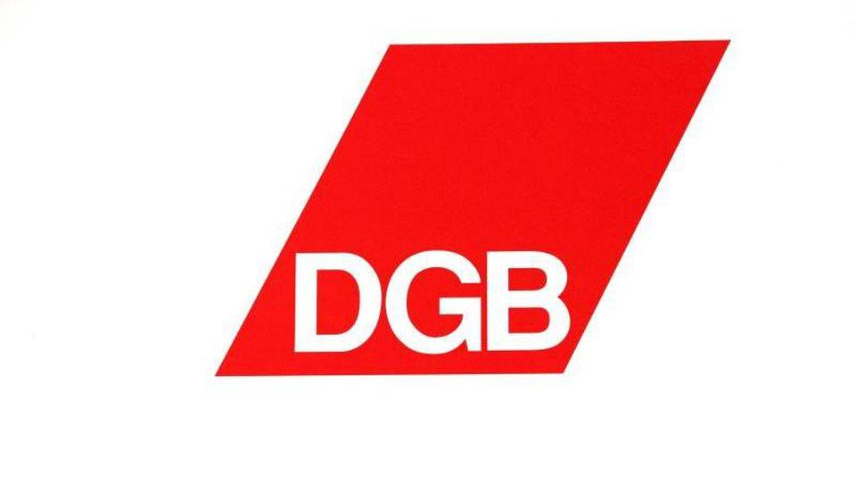 Das Logo des DGB. Foto: Ralf Hirschberger/Archiv