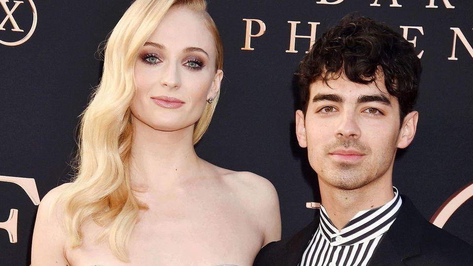 Auch Sophie Turner und ihr Ehemann Joe Jonas bleiben während der Corona-Krise zu Hause.