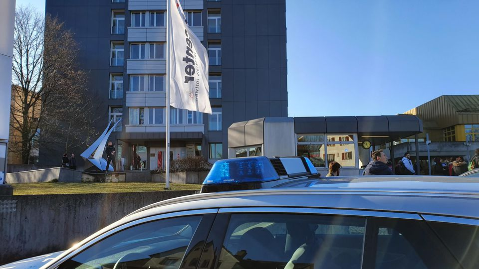 Rottweil: Mann greift Jobcenter-Mitarbeiterin mit Messer an