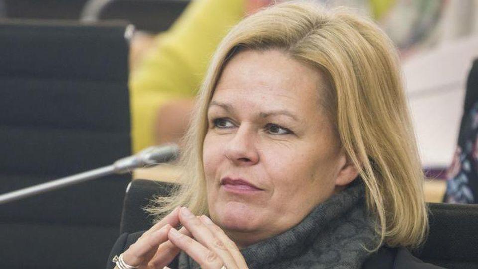 SPD-Fraktionsvorsitzende Nancy Faeser im hessischen Landtag. Foto: Frank Rumpenhorst/dpa/Archivbild