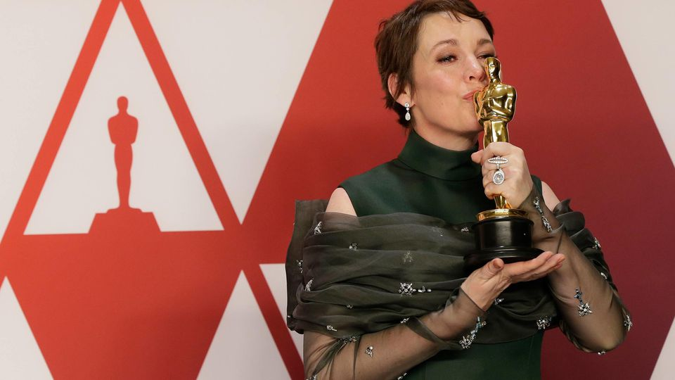 Olivia Colman, winner of Best Actress for The Favourite, appears backstage with her Oscar during the 91st annual Academy Awards at Loews Hollywood Hotel in the Hollywood section of Los Angeles on February 24, 2019. PUBLICATIONxINxGERxSUIxAUTxHUNxONLY