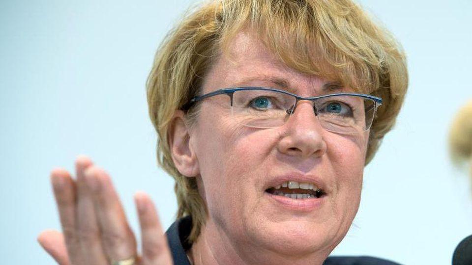 Barbara Otte-Kinast (CDU) bei einer Pressekonferenz. Foto: Christophe Gateau/dpa/Archivbild