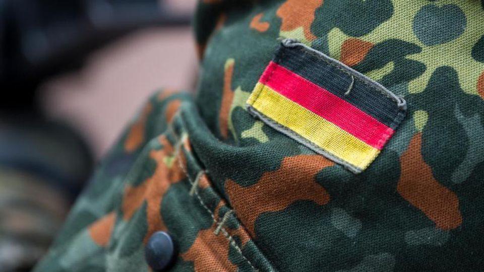 Die neue Wehrbeauftragte ruft zu stärkerem Engagement gegen Rechtsextremismus bei der Bundeswehr auf - warnte aber auch vor einem Generalverdacht. Foto: Monika Skolimowska/dpa-Zentralbild/dpa
