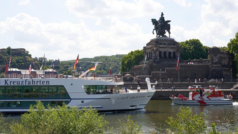 Flusskreuzfahrtschiffe fahren wieder: RHeinland-Pfalz ist bei Touristen sehr beliebt.
