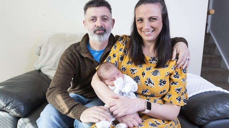 Caroline und ihr Mann Roy hatten jahrelang versucht, ein Baby zu bekommen.