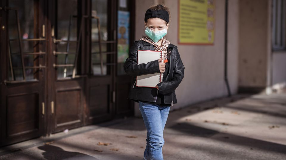Sie ist auf der einen Seite so wichtig, auf der anderen Seite verängstigt sie viele Kinder: die Testpflicht in Schulen.