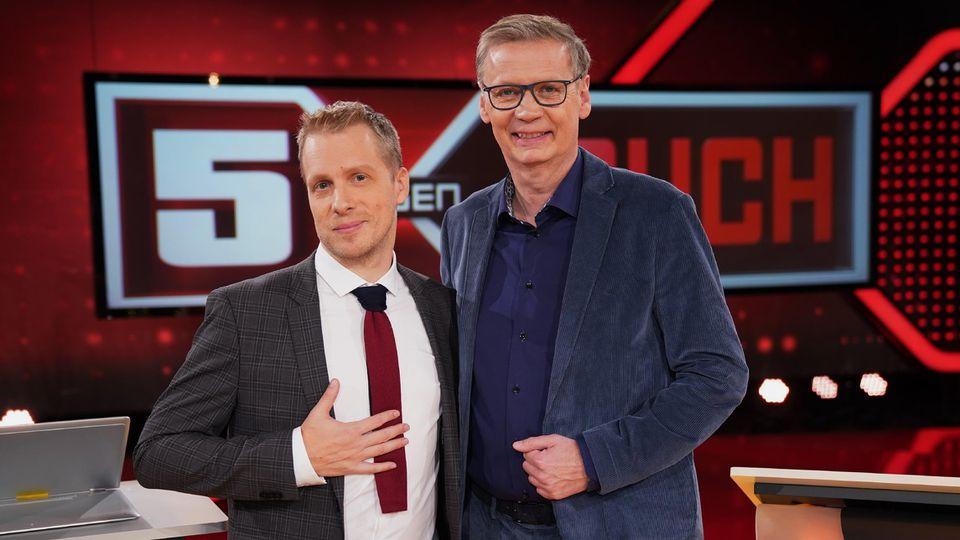 """""""5 gegen Jauch"""": Oliver Pocher moderiert die Show mit Günther Jauch."""