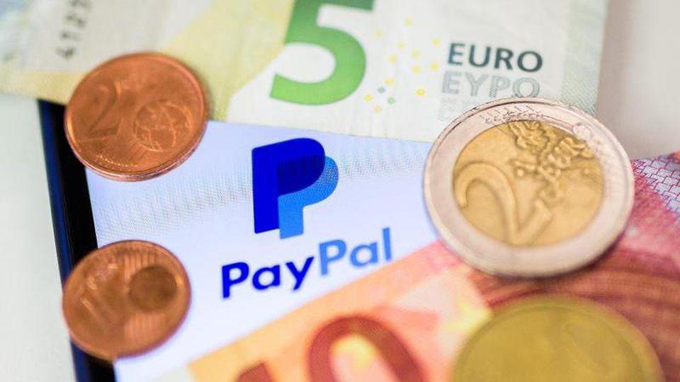 Bei einer Zahlung mit PayPalsollten Kunden unbedingt eine Kleinigkeit beachten –sonst haben Betrüger leichtes Spiel.