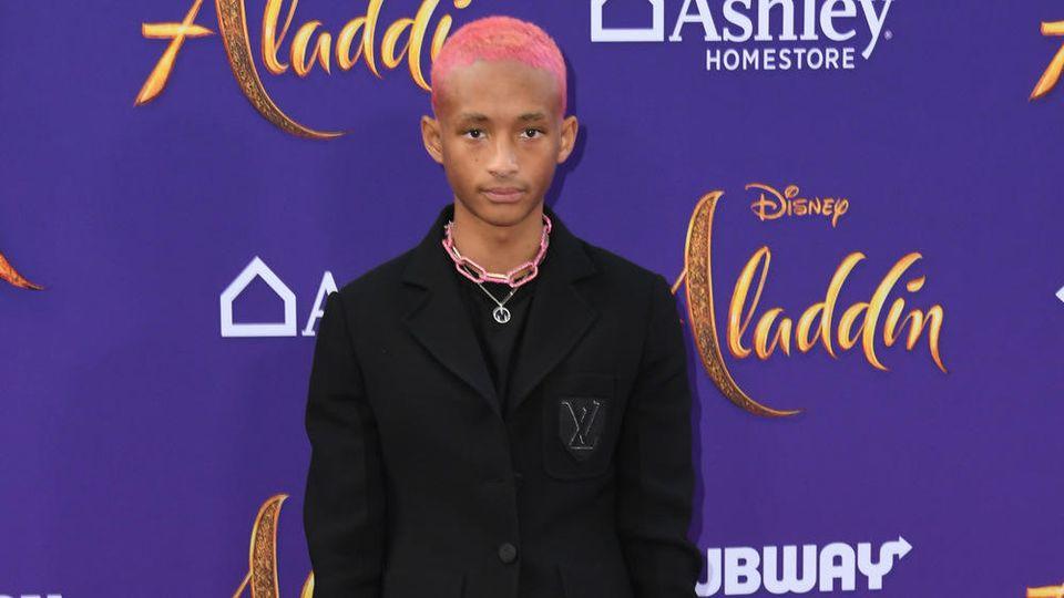 Jaden Smith musste wegen seiner Verspätung alleine auf dem roten Teppich posieren