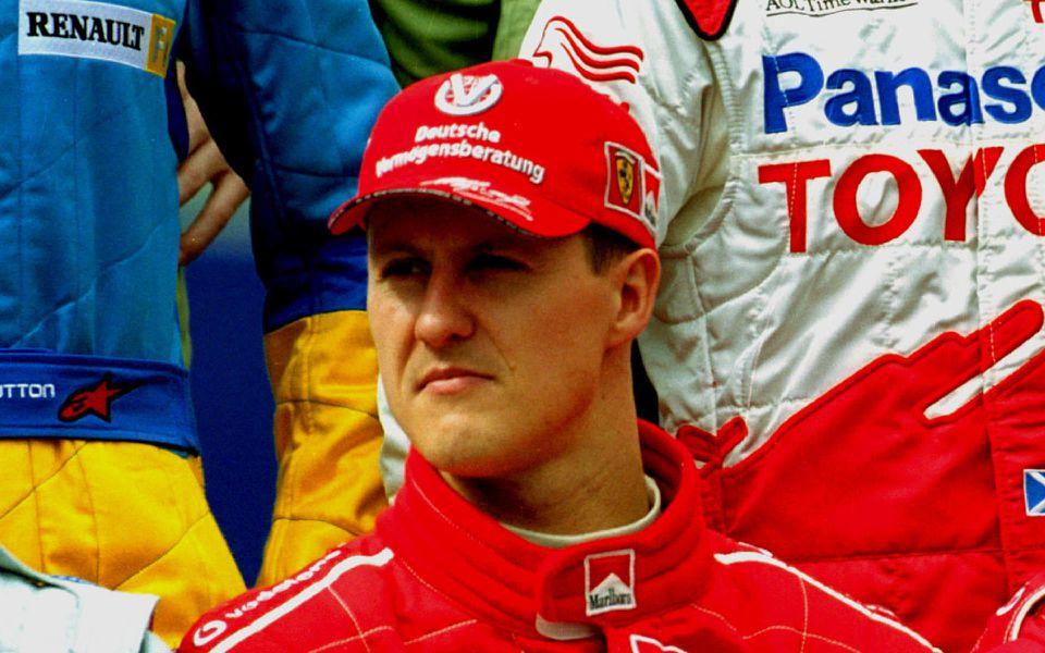 Michael Schumacher wird in Paris behandelt
