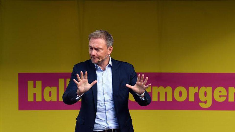 """FDP-Chef Christian Lindner: """"Die Große Koalition hat leider die Chance versäumt, einen echten Neustart in der Klimapolitik unseres Landes zu erreichen."""" Foto: Martin Schutt"""