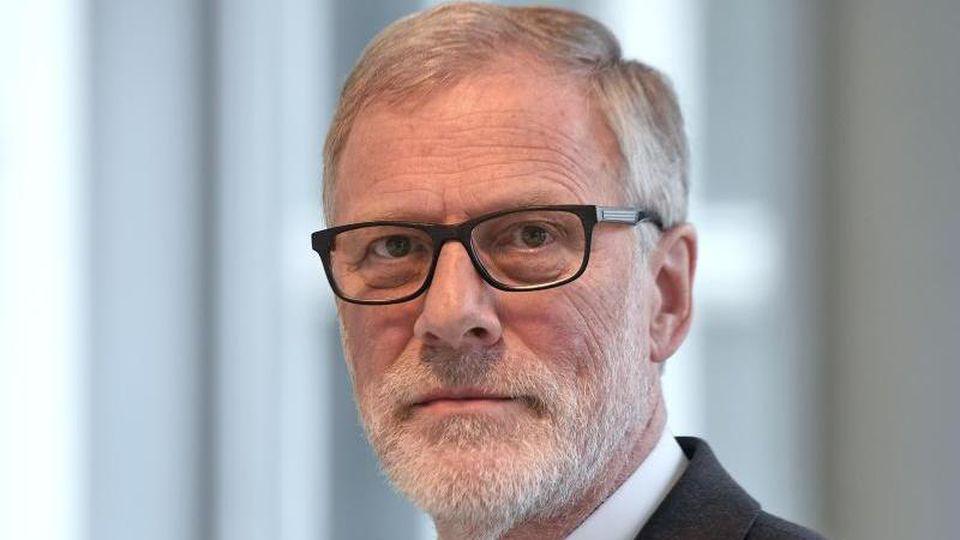 Rainer Robra (CDU), Minister für Kultur in Sachsen-Anhalt. Foto: Hendrik Schmidt/dpa-Zentralbild/dpa/Archiv