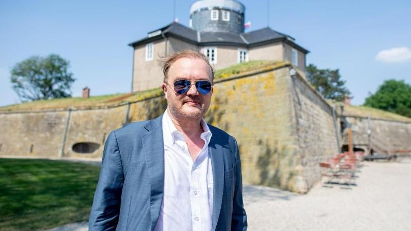 Alexander Fürst zu Schaumburg-Lippe auf der Insel Wilhelmstein. Foto: Hauke-Christian Dittrich/dpa