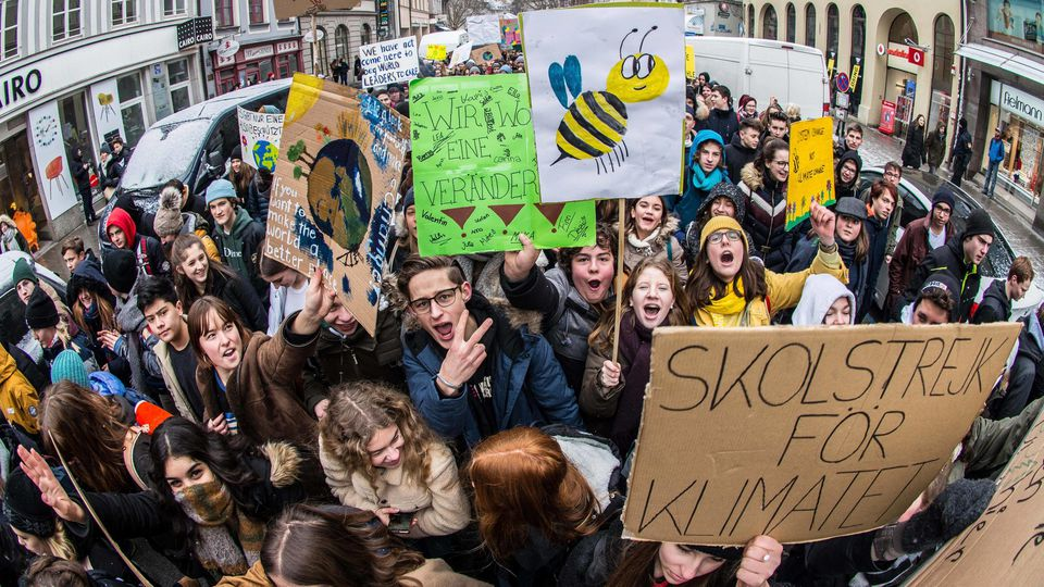 Jugendliche in München demonstrieren für mehr Klimaschutz.