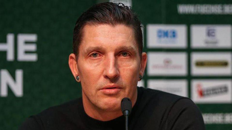 Sportdirektor Stefan Kretzschmar bei einer Pressekonferenz. Foto: Andreas Gora/dpa/Archivbild