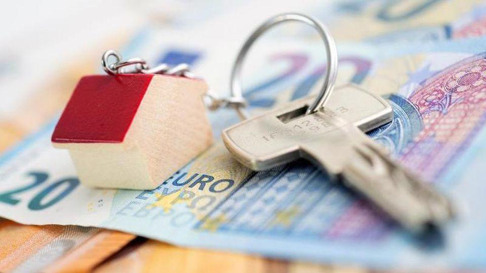 Goldene Zeiten für Bauherren: Immobilienkredite gibt es aktuell günstig wie nie. Foto:Andrea Warnecke/dpa-tmn