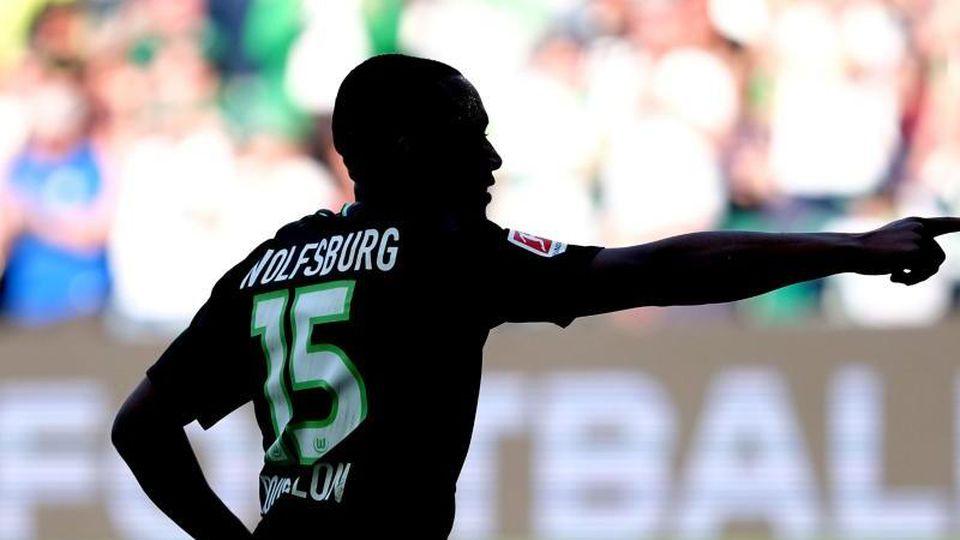 Wolfsburgs Jerome Roussillon.Foto:Peter Steffen/Archivbild