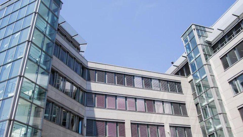 Blick auf das Bürogebäude, in dem die Landesparteizentrale der AfD Nordrhein-Westfalen untergebracht ist. Foto: Rolf Vennenbernd