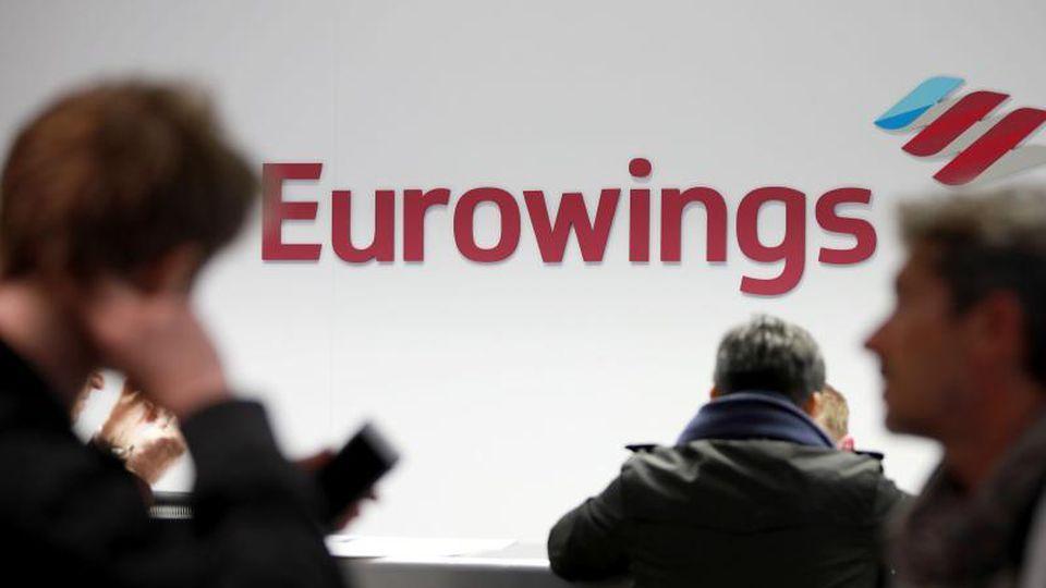 Bei der Lufthansa-Billigtochter Eurowings soll großes Handgepäck nicht mehr mit in die Kabine. Foto: Oliver Berg