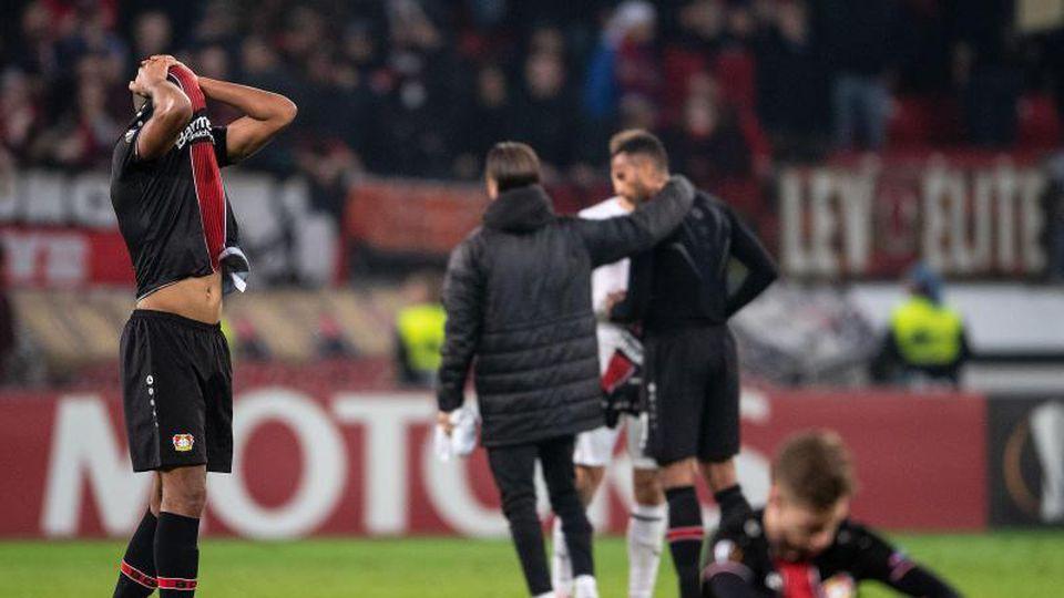 Die Spieler von Bayer Leverkusen hadern mit dem Aus in der Zwischenrunde der Europa League nach dem 1:1 gegen FK Krasnodar. Foto:Marius Becker