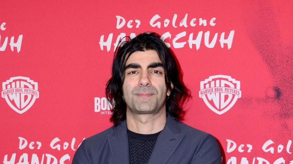 """Mit """"Gegen die Wand"""" hat Fatih Akin 2004 den Goldenen Bären der Berlinale und den Deutschen Filmpreis gewonnen. Foto: Daniel Bockwoldt/dpa"""