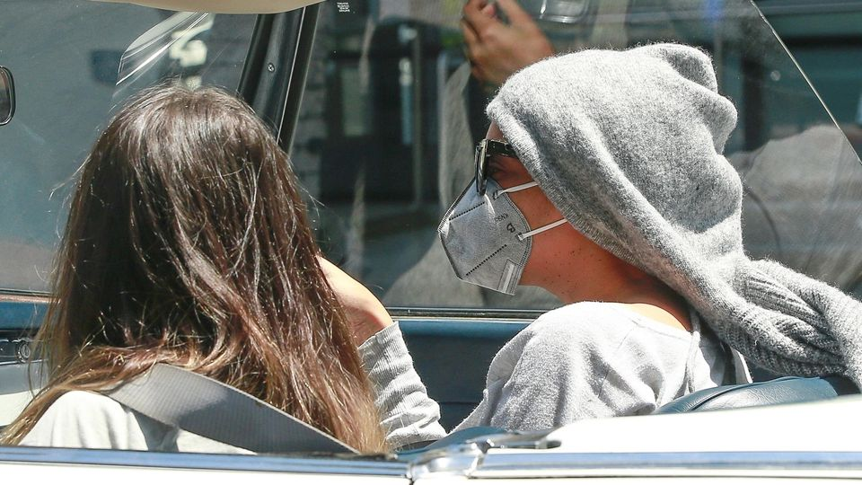 Fast nicht erkannt: Beyoncé mit Mundschutz
