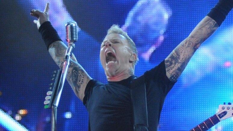 James Hetfield von Metallica während eines Auftritts in Rio