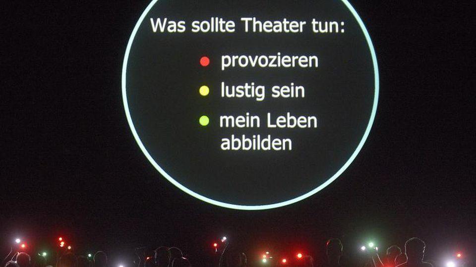 Das Festival Theaterformen hat eine positive Bilanz seiner coronabedingten Online-Ausgabe gezogen. Foto: Dominique Leppin/dpa/Archivbild
