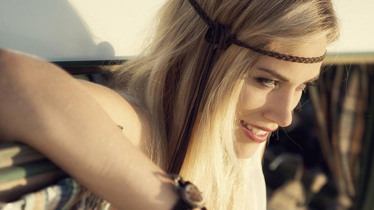 Eingedrehte Haare Mit Haarband Frisuren Anleitung Zum Nachmachen
