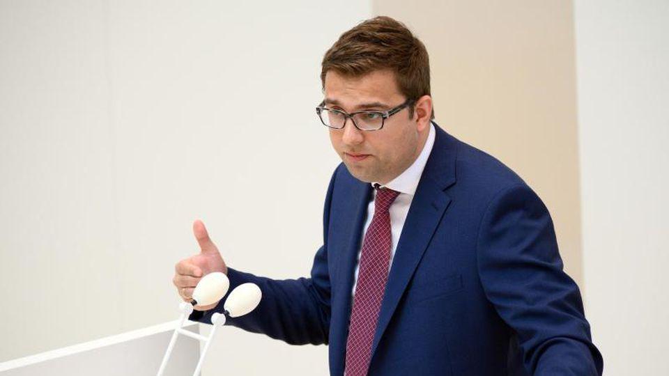 Erik Stohn, SPD-Fraktionsvorsitzender imLandtag, spricht. Foto: Soeren Stache/dpa-Zentralbild/ZB/Archivbild