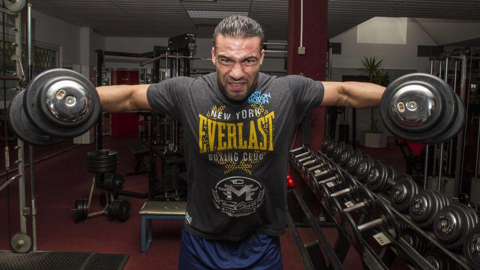 Manuel Charr kann/darf/muss seinen Schwergewichtsgürtel gegen Fres Oquendo verteidigen
