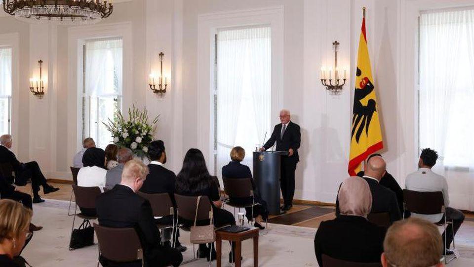 Bundespräsident Frank-Walter Steinmeier hält eine Rede. Foto: Odd Andersen/AFP-Pool/dpa