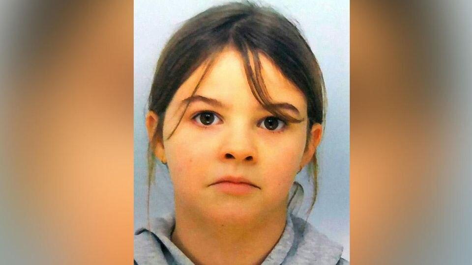 Mia Montemaggi (8) soll sich mit ihrer Mutter (28) auf der Flucht befinden.