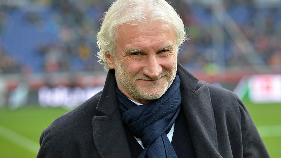 Leverkusens Sportdirektor Rudi Völler