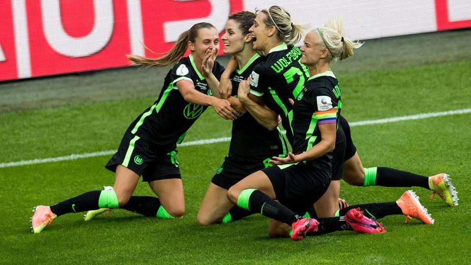 Der VfL Wolfsburg holt das Double.