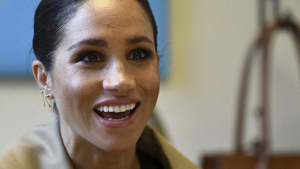 Herzogin Meghan hat endlich wieder Grund zum Lachen.