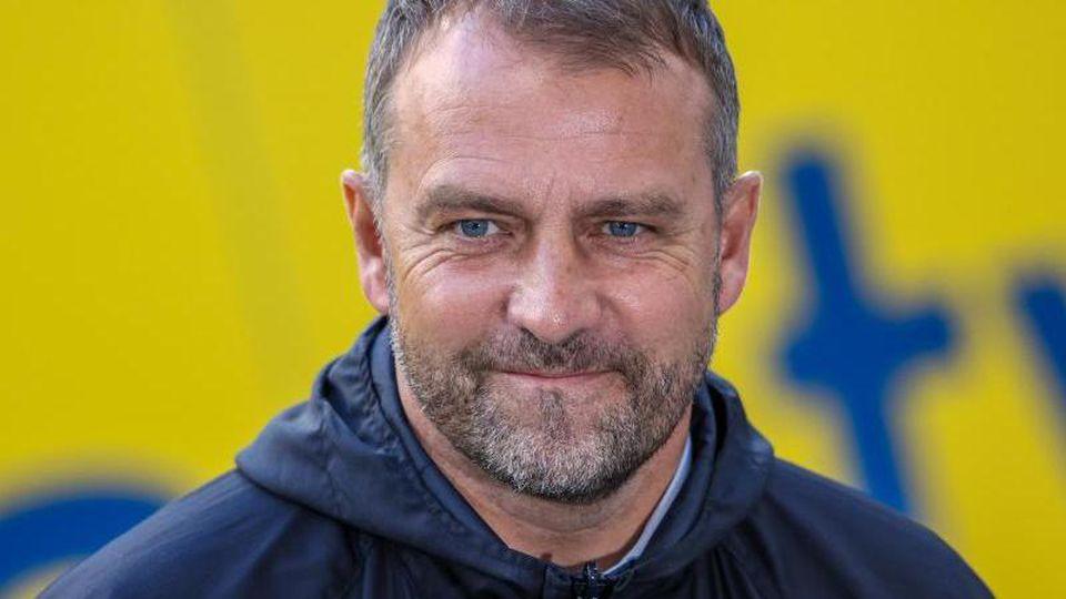 """Münchens Trainer Hans-Dieter """"Hansi"""" Flick. Foto: Alexander Hassenstein/Getty POOL/dpa/Archivbild"""