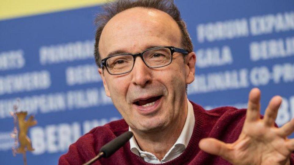 """Schauspieler Roberto Benigni stellte """"Pinocchio"""" auf der Berlinale vor. Foto: Michael Kappeler/dpa"""