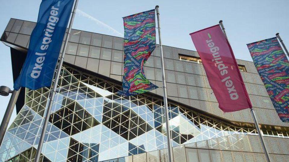 Axel Springer will sich von der Börse zurückziehen. Foto: Gregor Fischer/dpa