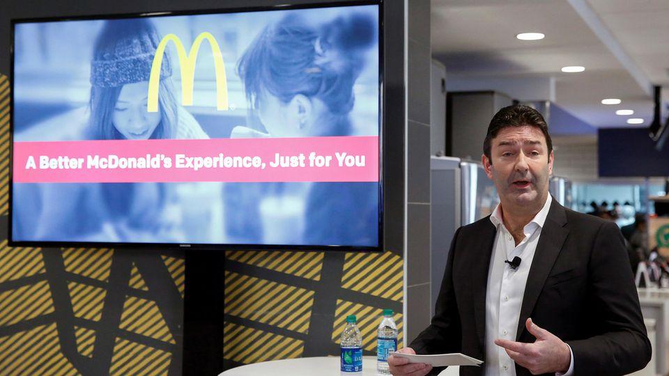 Ehemaliger McDonald's Chef Steve Easterbrook bei einem Vortrag
