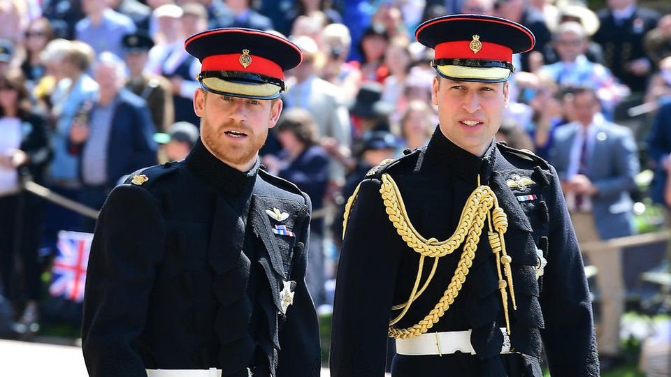 Prinz Harry (li.) und Prinz William treffen am 17. April erstmals wieder aufeinander.
