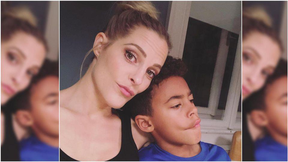 Sandy Mölling und ihr Sohn Jayden (10) sind ein Herz und eine Seele.
