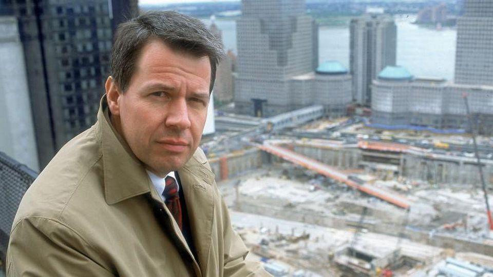 Peter Kloeppel berichtete für RTL über die Terroranschläge am 11. September, wofür er mit dem Mitteldeutschen Medienpreis Hans Klein (2001), dem Goldenen Gong und dem Adolf-Grimme-Preis 2002 ausgezeichnet wurde.