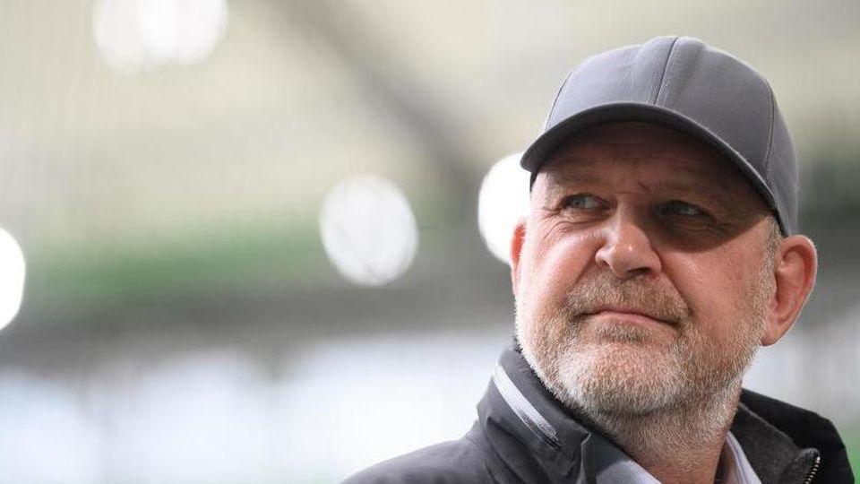 Jörg Schmadtke, Geschäftsführer Sport beim VfL Wolfsburg. Foto: Swen Pförtner/dpa/Archivbild