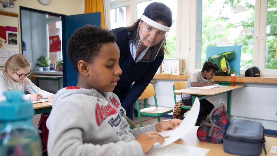 Corona-Hygienemaßnahmen in einer Schule in Hamburg