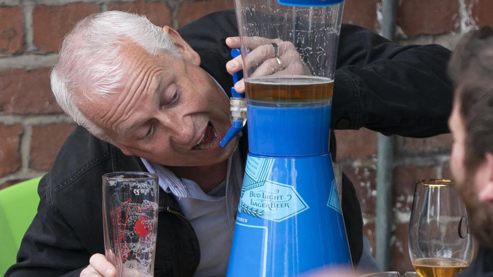 Dieser Brite hatte wohl besonders viel Durst.