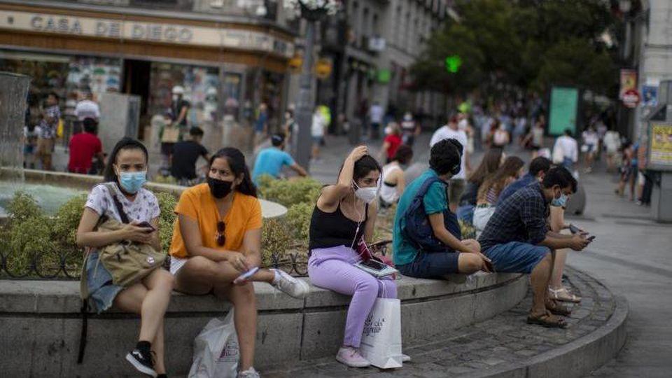 Das Auswärtige Amt warnt wegen der Corona-Pandemie nun auch vor Reisen in Spaniens Hauptstadt Madrid und ins spanische Baskenland. Foto: Manu Fernandez/AP/dpa