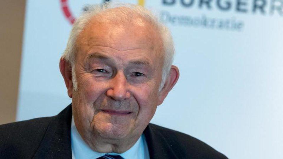 Günther Beckstein (CSU), ehemaliger Ministerpräsident von Bayern. Foto: Hendrik Schmidt/dpa-Zentralbild/dpa/Archivbild