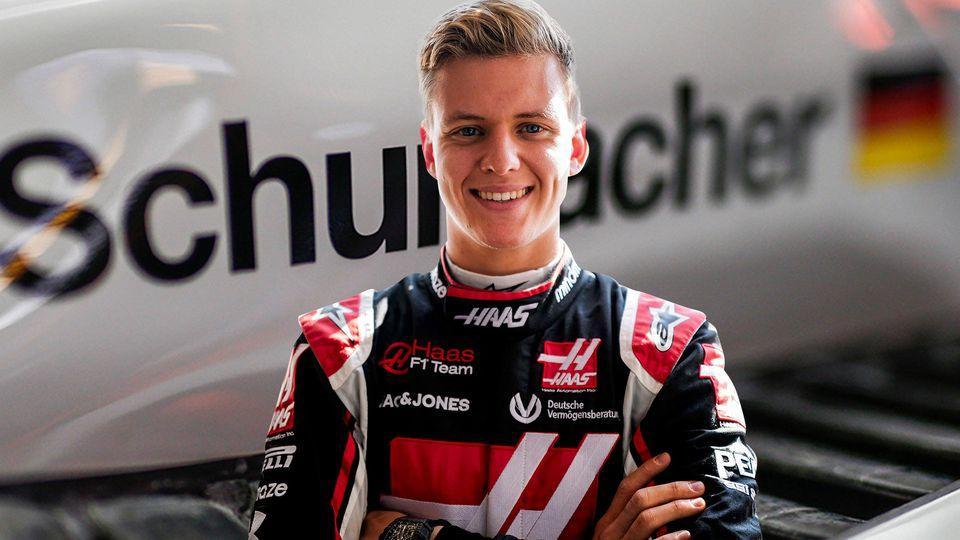 Mick Schumacher spricht nach der Haas-Präsentation über seinen ersten F1-Renner