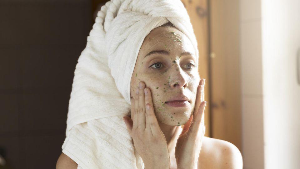 Gesichtsmasken: Deshalb gehören sie in Ihre Pflegeroutine.